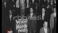 Peter Fechter dies during his escape attempt, 1962