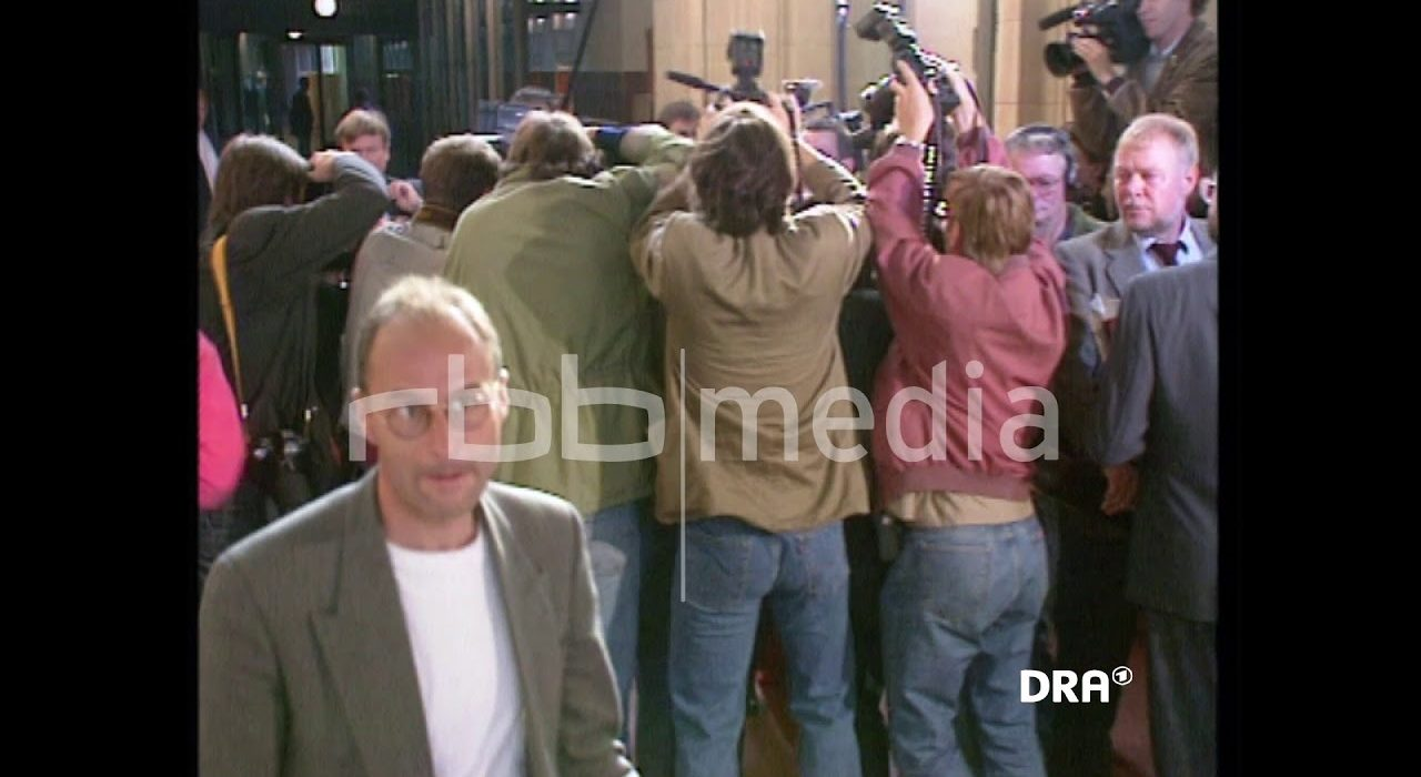 Beginn des Mauerschützen-Prozesses, 1991