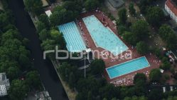 """Prinzenbad"" outdoor pool from above, 2015"